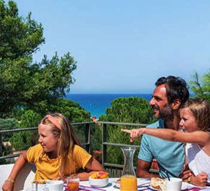 Vacances en famille en village vacances, découvrez quelle formule est faite pour vous ?