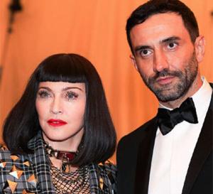 Les créations Givenchy plébiscitées par les stars pour la soirée punk du Met