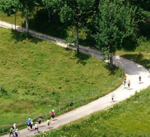 montagne, santé et marche nordique, par le Docteur Jean Boutarin, cardiologue