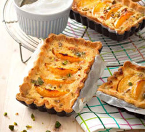 recette sucrée sans gluten : tarte amandine pistaches/abricots