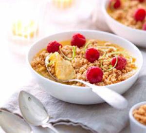 recette sucrée sans gluten : crumble amandes, crème citron, framboise