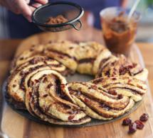 Brioche tressée éclats de chocolat et baies de cranberry