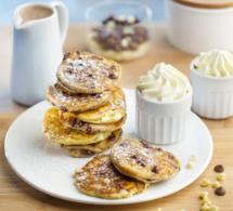 Pancakes aux pépites de chocolat noir et blanc