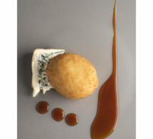 Cromesquis d'oeuf, caramel d'orange et Saint Agur, par Pierre Gagnaire