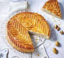 Galette des rois à la frangipane, crème pâtissière et amandes amères