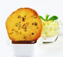 recette : crème au chocolat amer, tuiles et salade de pêches