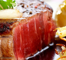 Filet de Bœuf de Chalosse aux échalotes confites à la lie de vin de Tursan