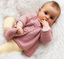 Ensemble layette : cardigan & chaussons - Explications gratuites
