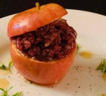 Recette de chef - Pomme farcie au boudin, réduction de cidre doux