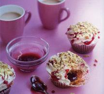 recettes de cupcakes : cupcakes beurre de cacahuètes et confiture de fraises