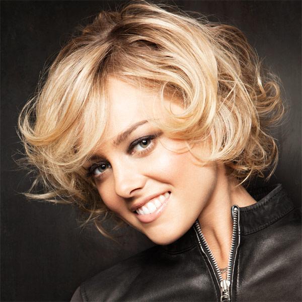 Coiffure cheveux mi long boucle femme coloration des cheveux moderne - Coiffure femme boucle ...