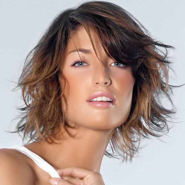 Coupe et coiffure cheveux mi,longs Saint Algue (E11)